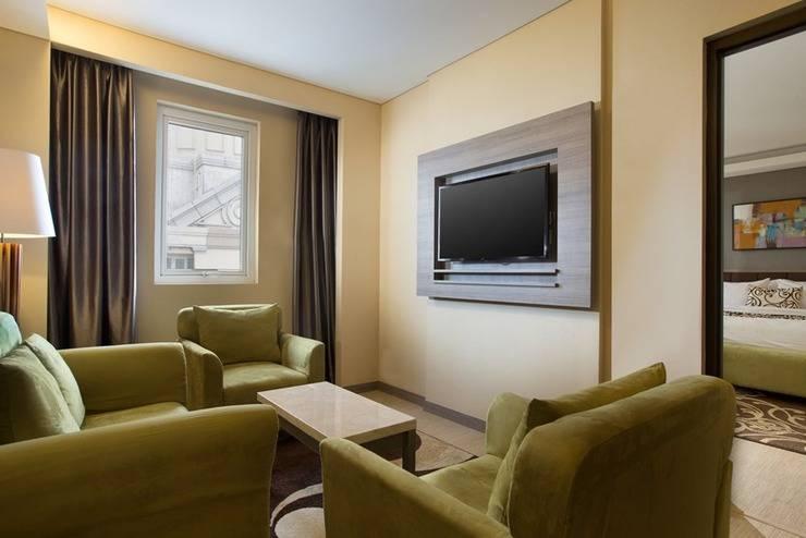 Best Western Plus Kemayoran Hotel Jakarta - Living Room