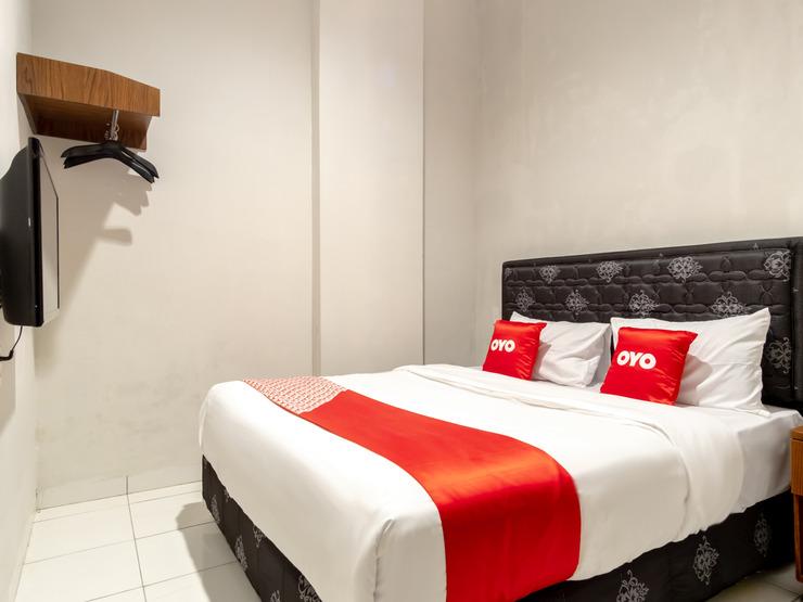 OYO 2345 Homestay Jaya Medan - Bedroom SD