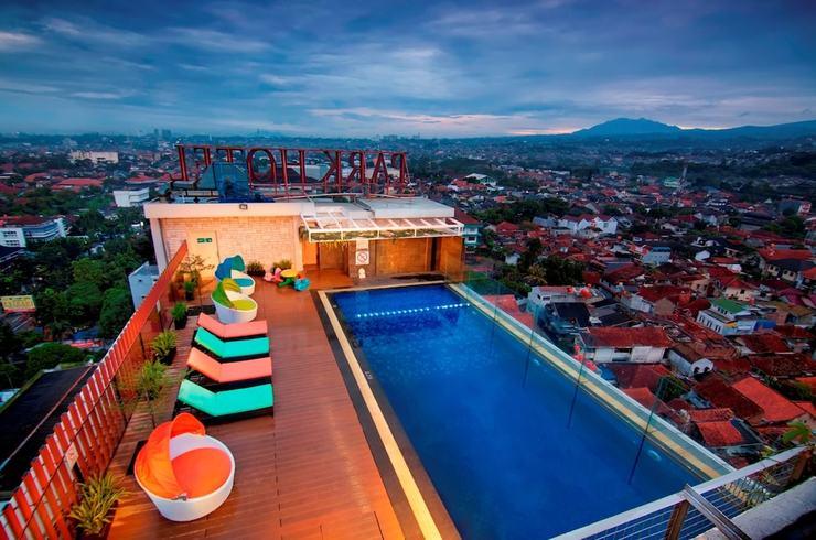 PRIME PARK Hotel Bandung - Rooftop Pool
