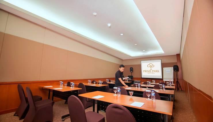 PRIME PARK Hotel Bandung - Meeting Room