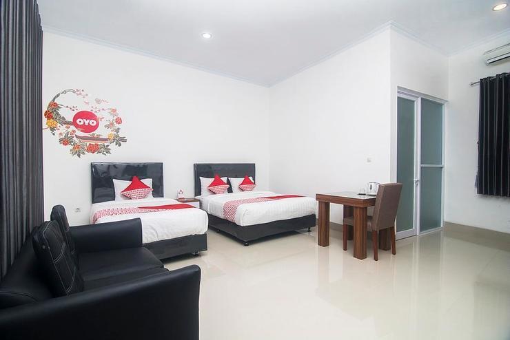 OYO 284 wisma jip Yogyakarta - Bedroom