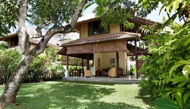 Villa Coco Bali - taman belakang Garden Bungalow