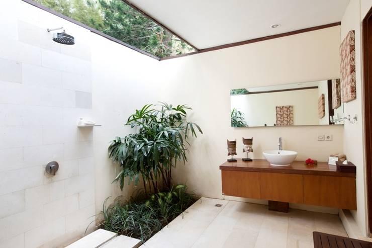 Villa Coco Bali - kamar mandi 2 bed villa