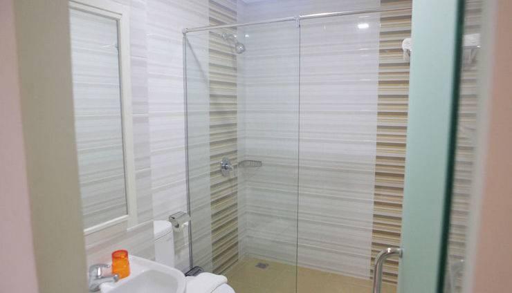 Miko Hotel Makassar - Kamar mandi