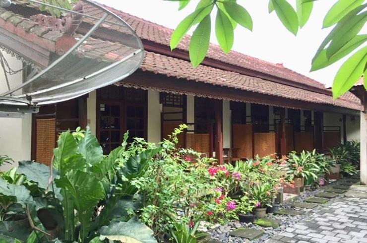 Jakatawang Kostel No 16 Lombok - Exterior