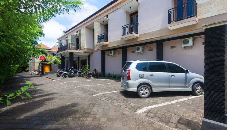 ZenRooms Bukit Jimbaran Buana Bali - Tampak luar