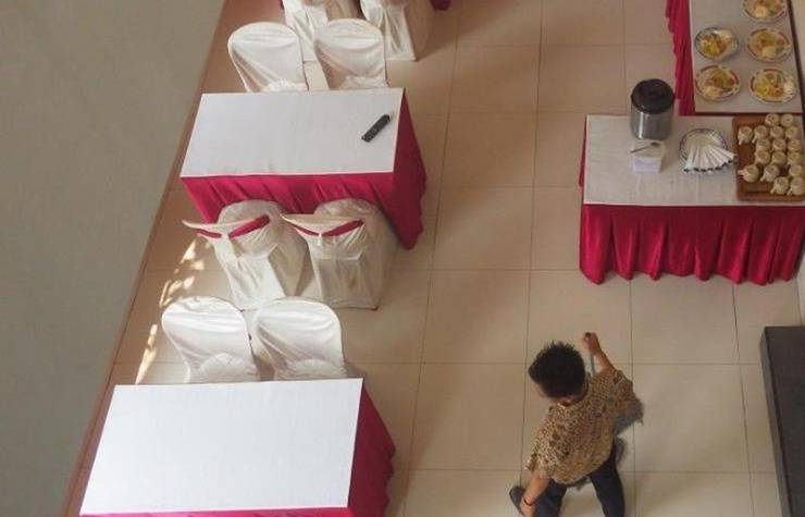 The Winner Hotel Pemalang - Ruang makan