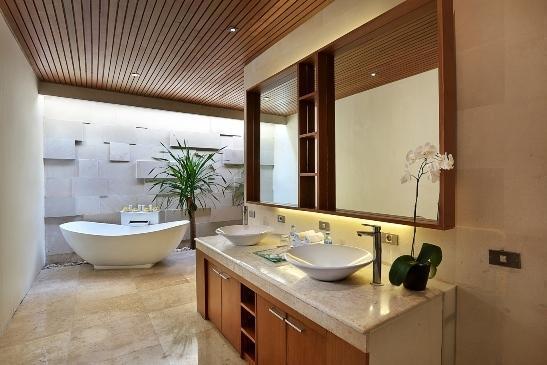 Kunti Villas Seminyak - Kamar mandi