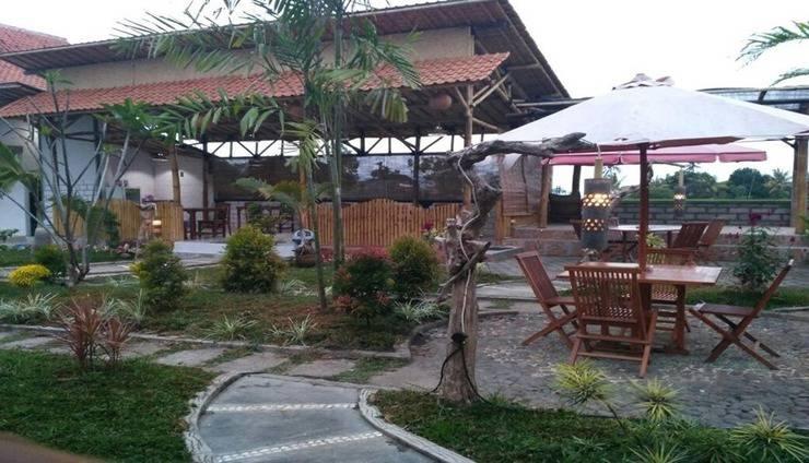 Java Sunrise Homestay Banyuwangi - Exterior