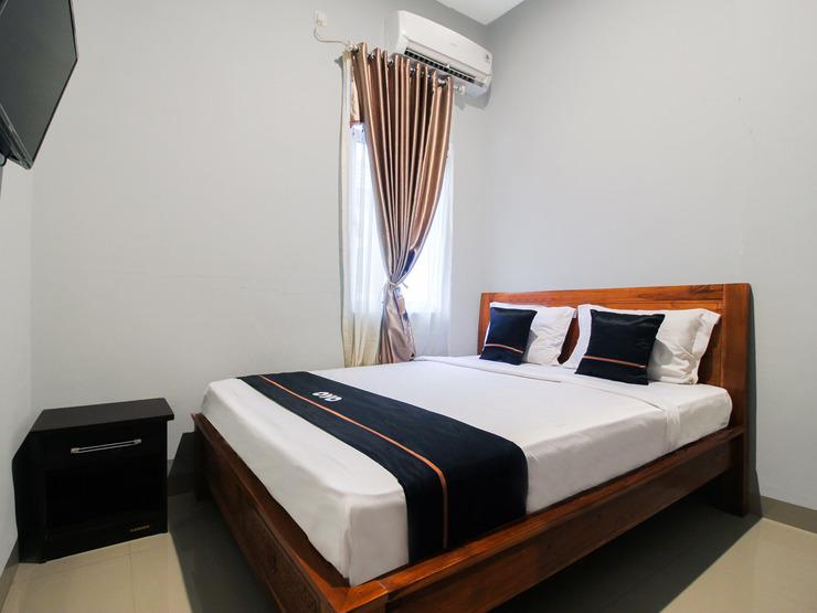 OYO 2659 B'rasco Homestay Syariah Bengkalis - Standard Double Bedroom