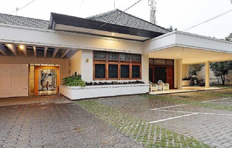 Tinggal Standard Aria Jipang Citarum Bandung - pandangan depan