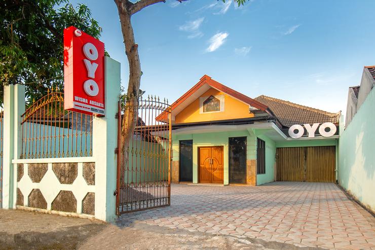 OYO 855 Wisma Arsanta Yogyakarta - Facade