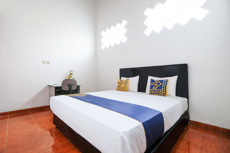SPOT ON 2212 Java Menoreh Semarang - Guestroom D/D