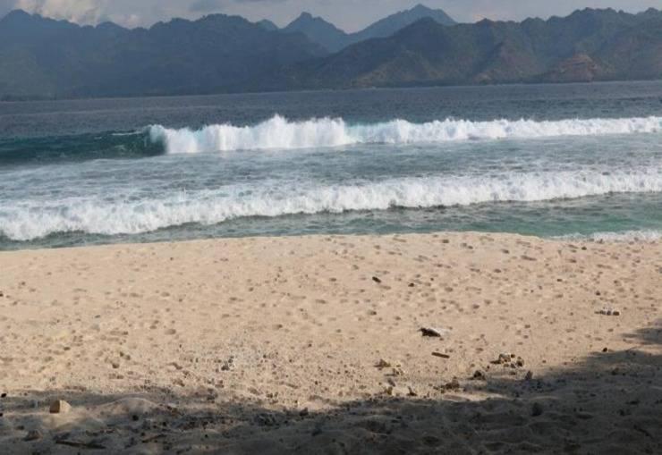 Birumeno Beach Bungalow Lombok - Laut