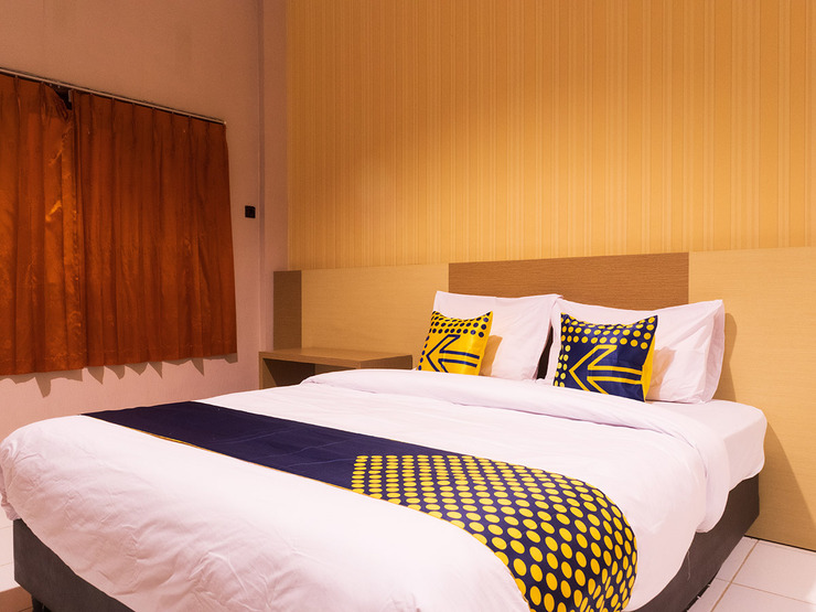 SPOT ON 2318 Citra Palm Residence Kupang - Guestroom S/D