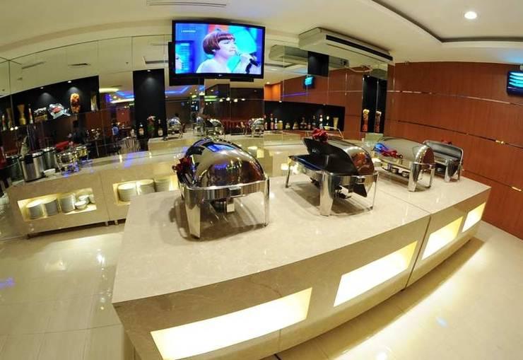 Quin Centro Palembang - Resto
