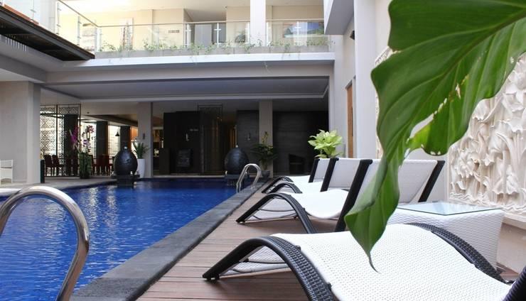 Ohana Hotel Kuta - surrounding