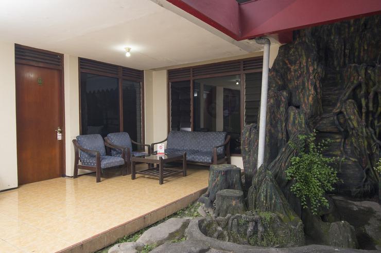 OYO 524 Makuta Hotel Yogyakarta - Common area