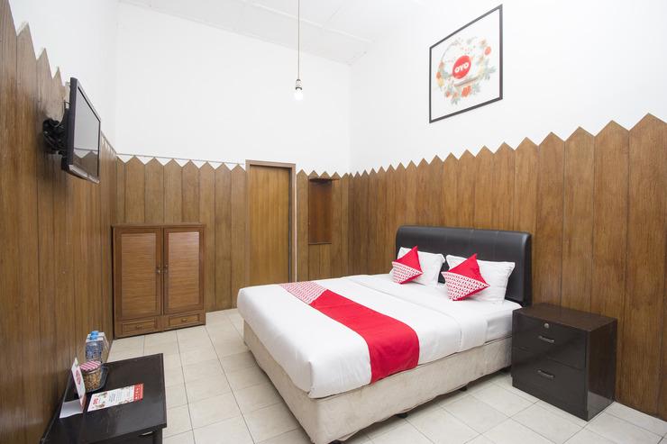 OYO 524 Makuta Hotel Near RSUD Kota Yogyakarta Yogyakarta - Bedroom DD