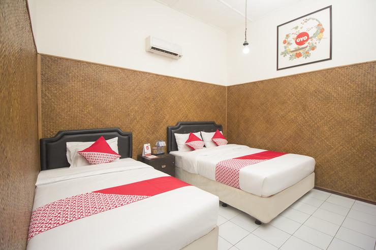 OYO 524 Makuta Hotel Yogyakarta - Bedroom Tri
