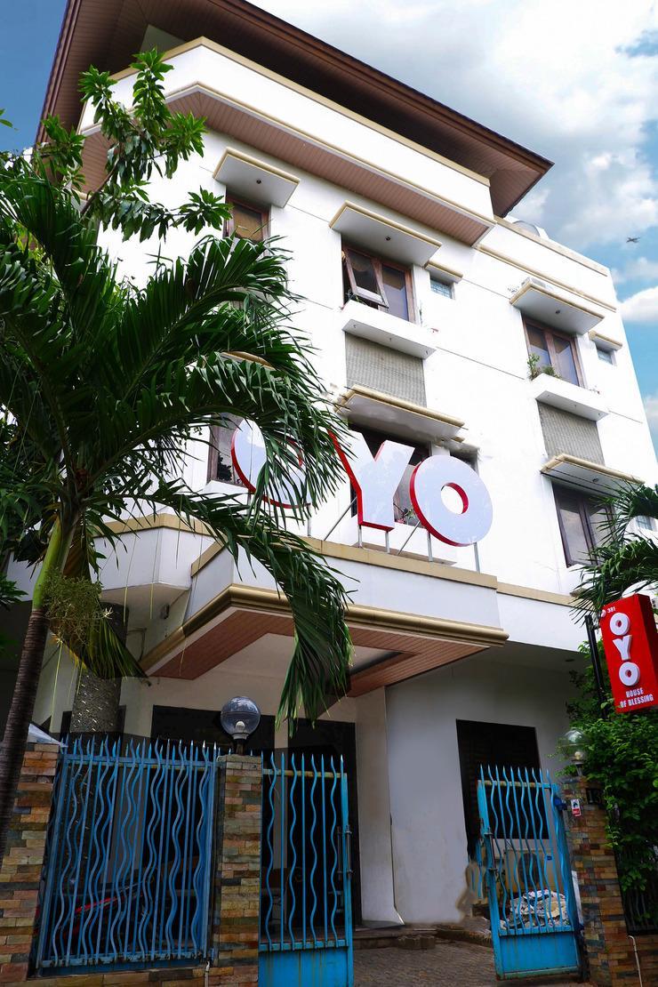 OYO 381 House Of Blessing Guest House Semarang - Facade