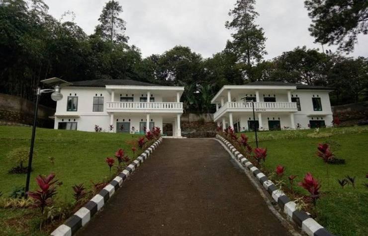 Villa Griya Wira Karya Bogor - Exterior