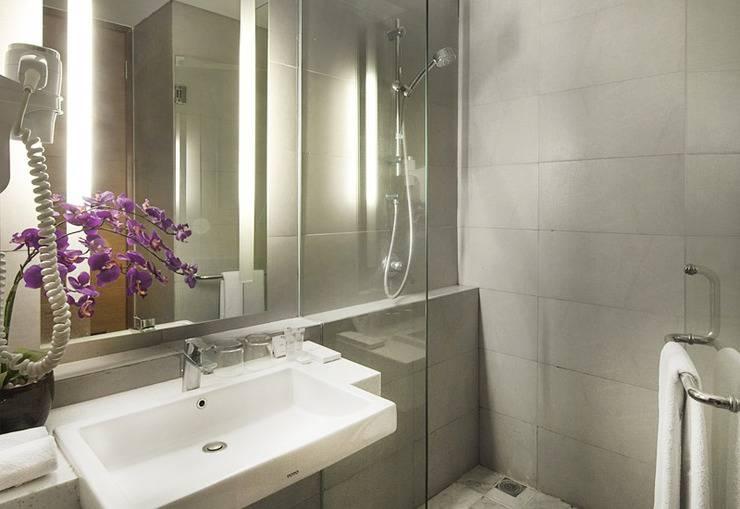 Hotel Allium Tangerang - Bathroom