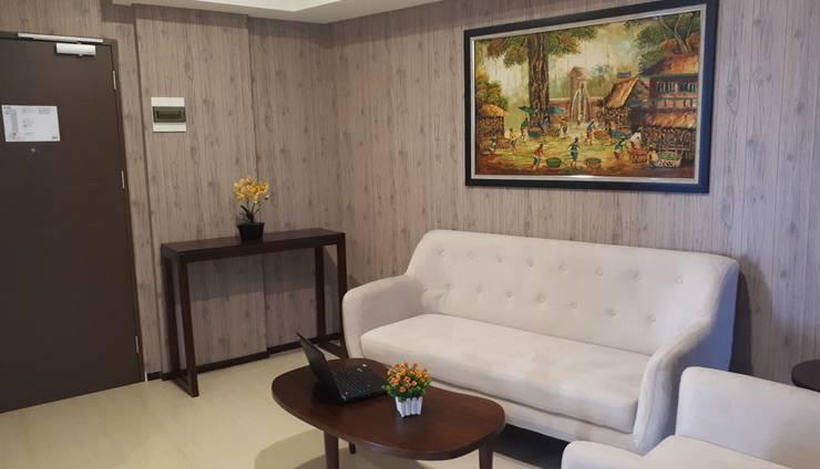 Kyriad Metro Cipulir Jakarta - Livingroom Executive Suite