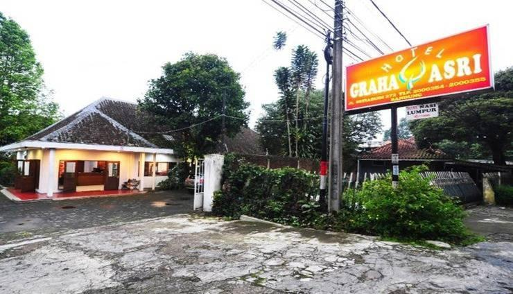Graha Asri Bandung - Tampak luar