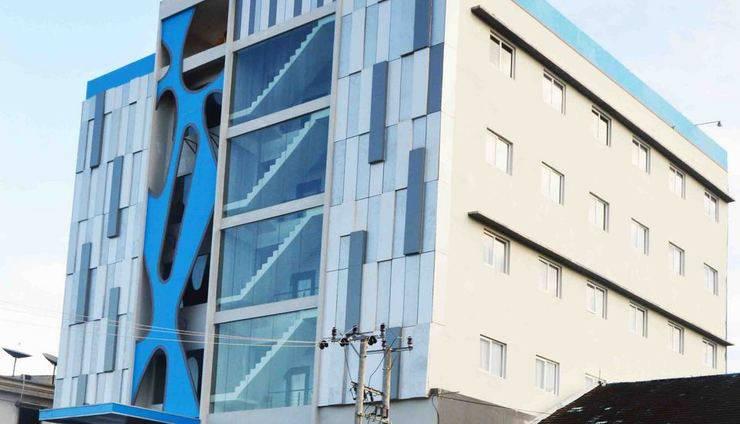 Zenith Hotel Kendari - Tampilan Depan Hotel Zenith Kendari