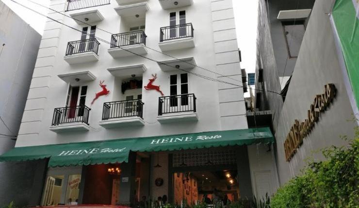 Heine Hotel & Resto Manado - Exterior