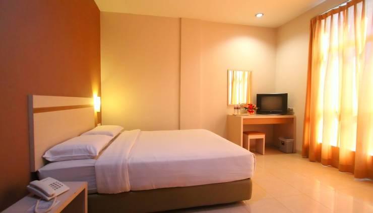 Lovina Inn Penuin Batam - Superior Room