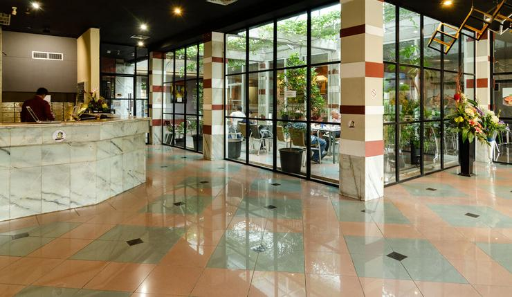 Hotel Peninsula Mangga Besar Jakarta - Reseption