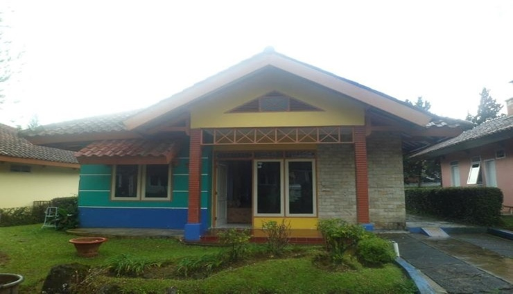 Santibi's Villa Kota Bunga Melati E Cianjur - Facade