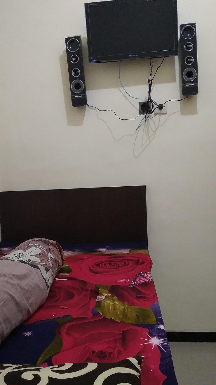 Dua Langkah Backpacker Malang - Guest room