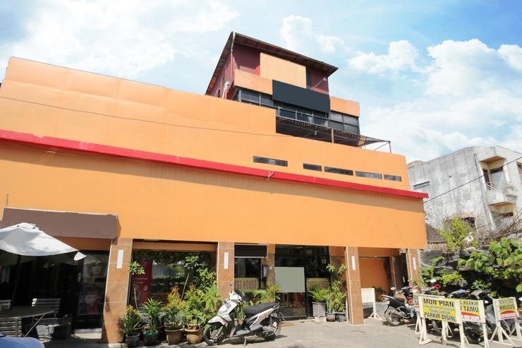 Airy Kertak Baru Ulu Pangeran Samudera 1 Banjarmasin - Hotel Building