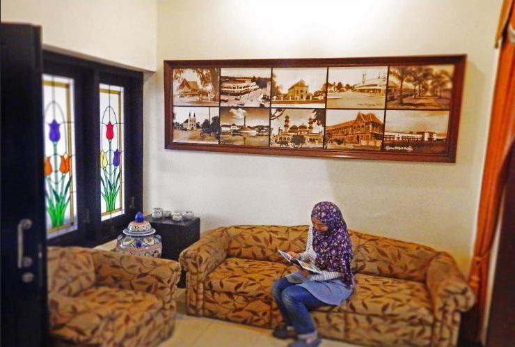 Bandoeng Guest House Malang - Lobby