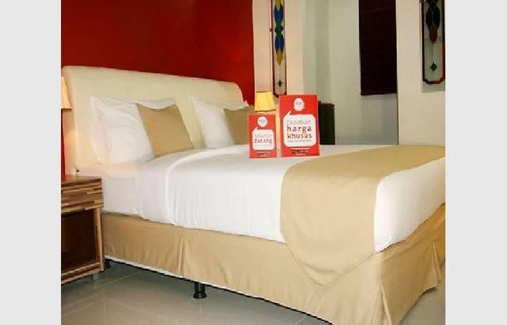 NIDA Rooms Majid Raya 16 Cipete Jakarta - Kamar tidur