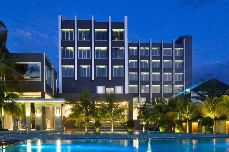 Aston Gorontalo Hotel & Villas Kota Gorontalo - Building