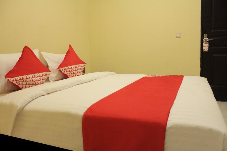 OYO 137 Permata Tawakal Jakarta - Bedroom