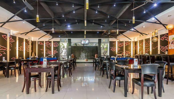 ZenRooms Tuban Puri Grenceng - Bar