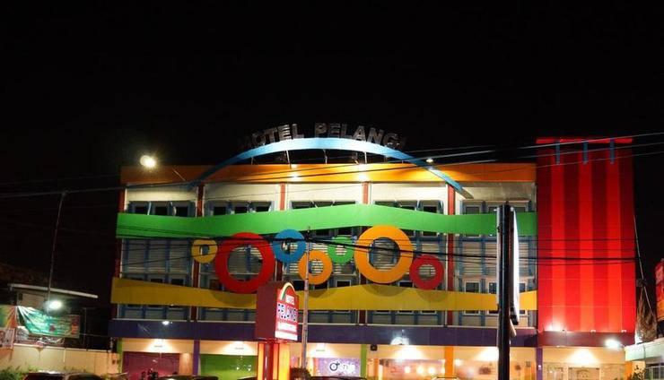 Hotel Pelangi Lampung - Tampilan Luar Hotel