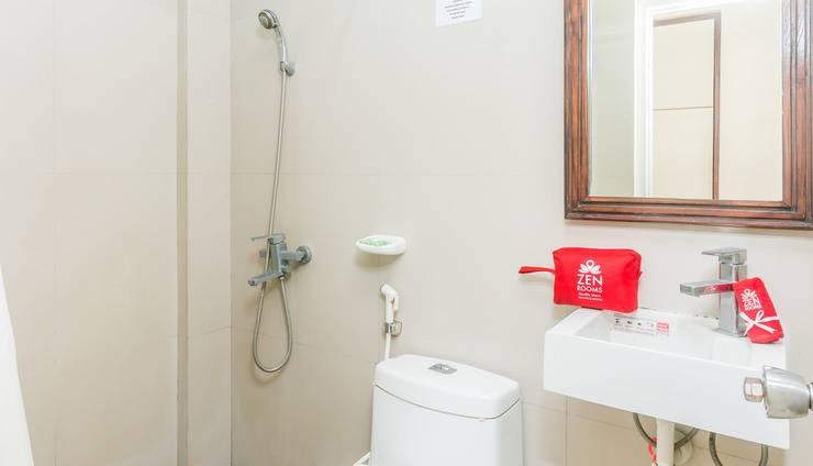ZenRooms Sanur Bypass Ngurah Rai 2 - Kamar mandi