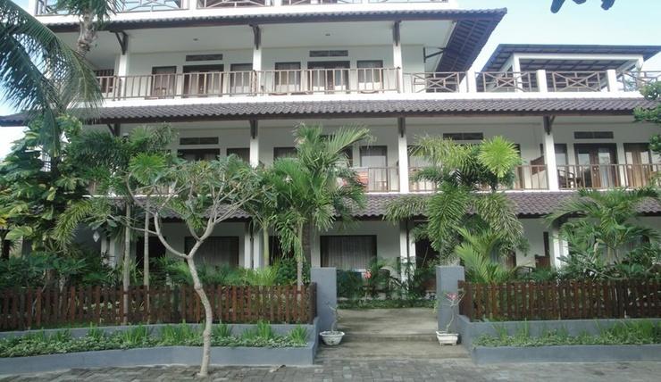 Family Beach Hotel Lombok - Exterior
