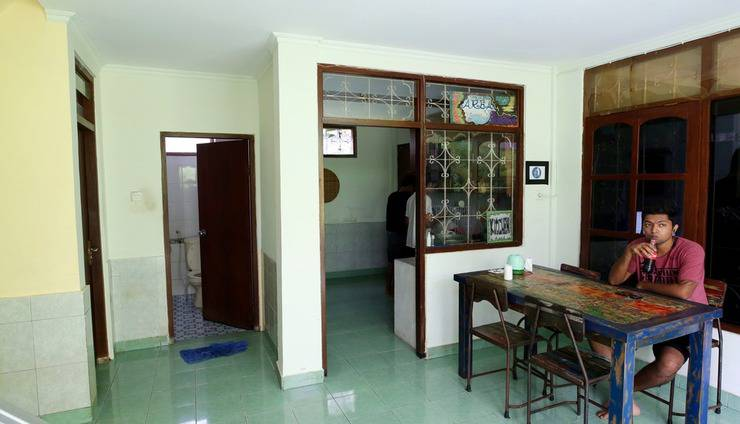 Morotai Camp Hostel Bali - Interior