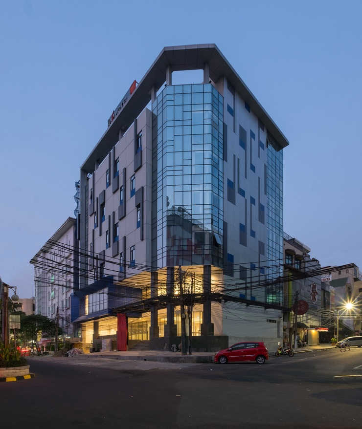 Hotel 88 Blok M Jakarta - Appearance