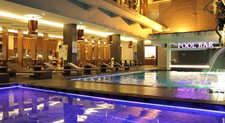 Crystal Lotus Hotel Yogyakarta - Kolam Renang