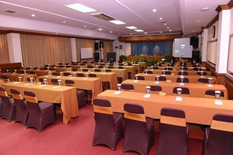 Plaza Hotel Semarang - Ruang Rapat