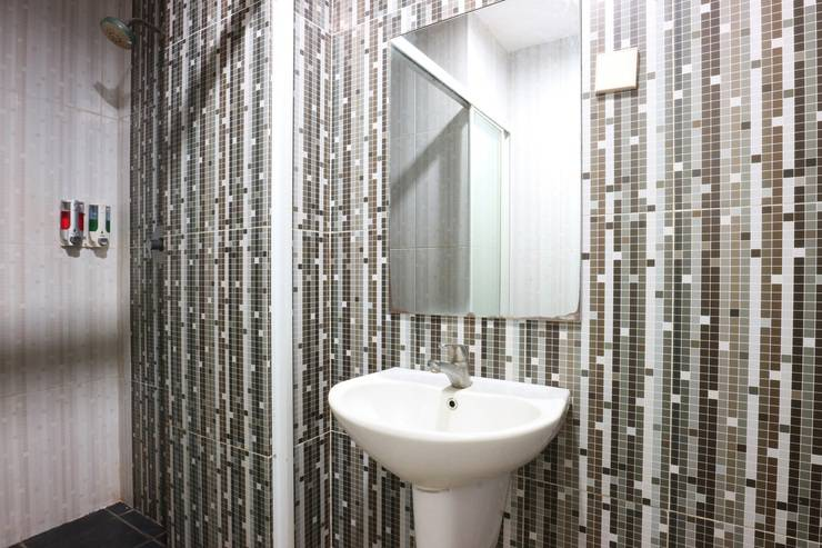 Hotel Antara Jakarta - Bathroom Superior