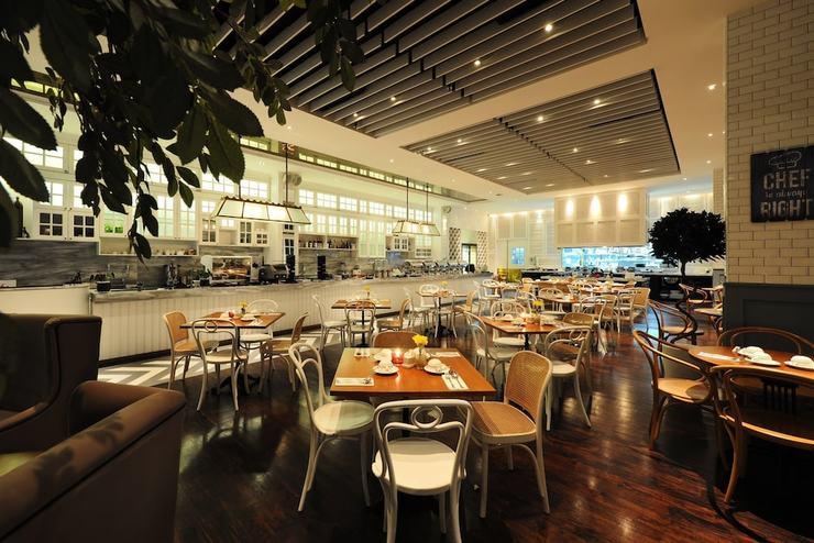 Veranda Hotel Pakubuwono - Breakfast Area